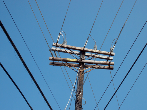 Overhead Power Line : Questions workers should ask about overhead power lines
