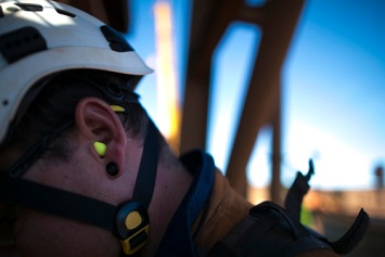 Oil and Gas Mining Workers Vulnerable to Hearing Loss