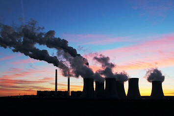 Coal power plant with air emissions