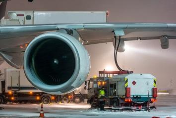 Passenger Jet Refueling