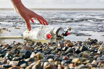 Plastic waste in ocean, marine debris
