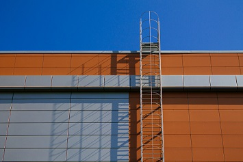 Standards For Fixed Ladders Change This November